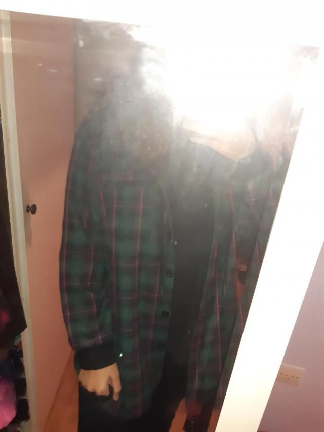 I got a 2xl to make sure the size would be okay. I am a medium and it is as oversized as it needed to be. It is not th…
