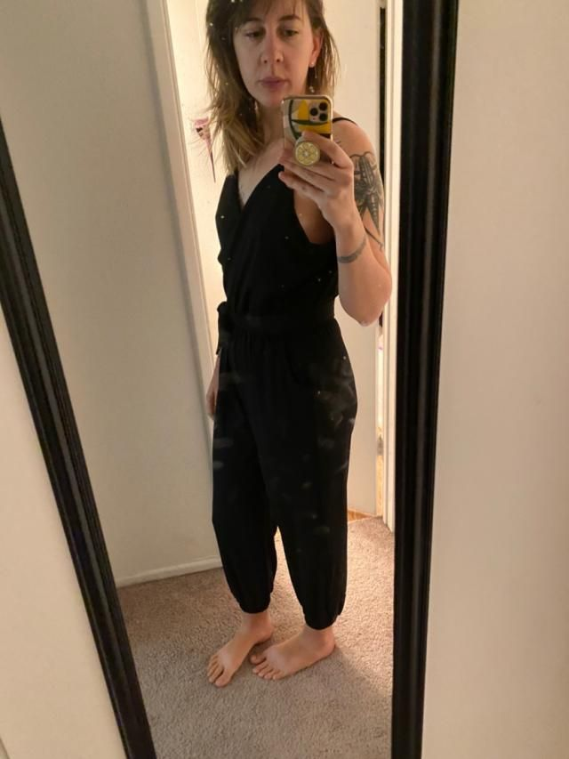 I had to get the largest size because I am very tall (5'11, 155lbs) and it fits very nicely but it's a bit big in the …