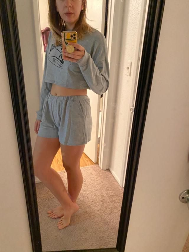 Look so cute, love the fit and it has pockets! I'm super tall so I got the largest size and it looks just like I imagi…