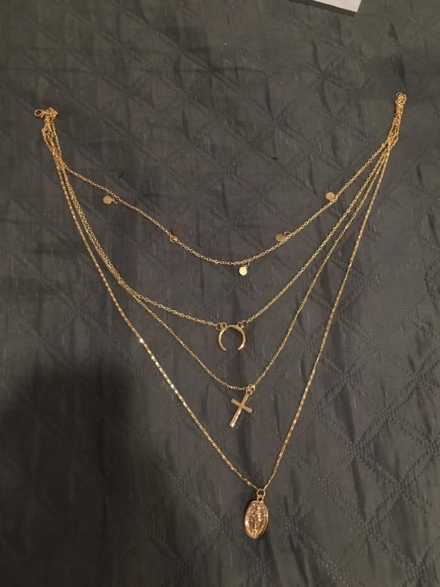 This necklace is super cute, I suggest it!