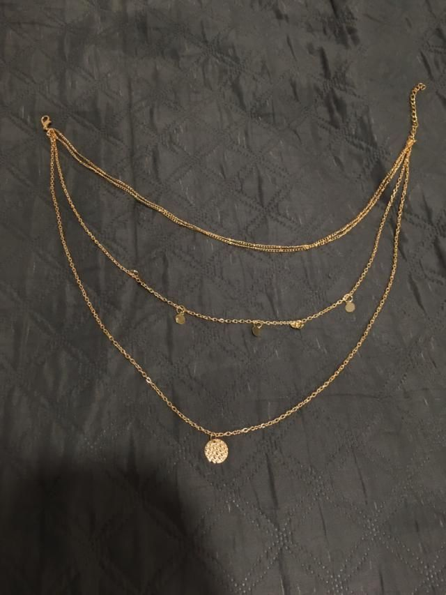This necklace is beautiful! Super cute it's perfect for every kind of outfit