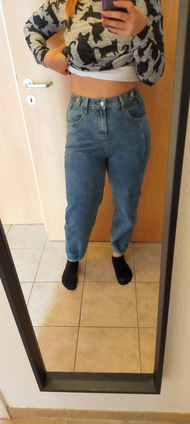 Love these jeans. I really adore the cut and the buttons. You can unbotton too if you want. The waist is snug, but not…
