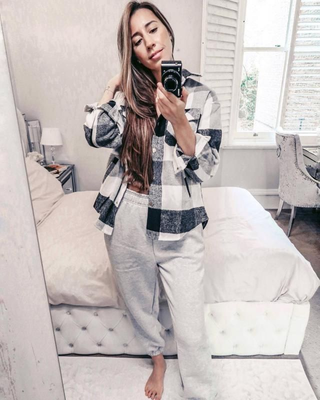 A Plaid short its what you need to stay cozy and stylish! get this one here in ZAFUL!
