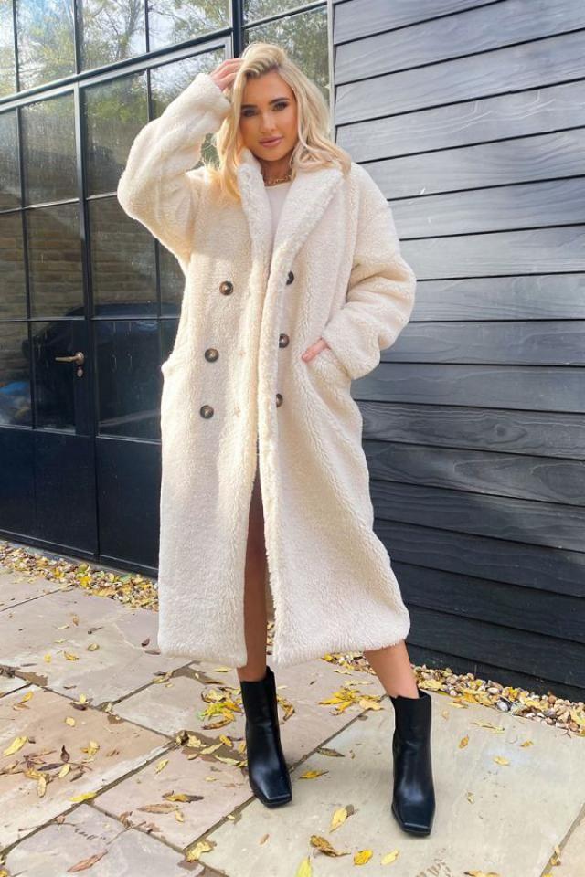 Open Front Faux Shearling Longline Teddy Coat  Wonderful teddy coat. Shop at Zaful!