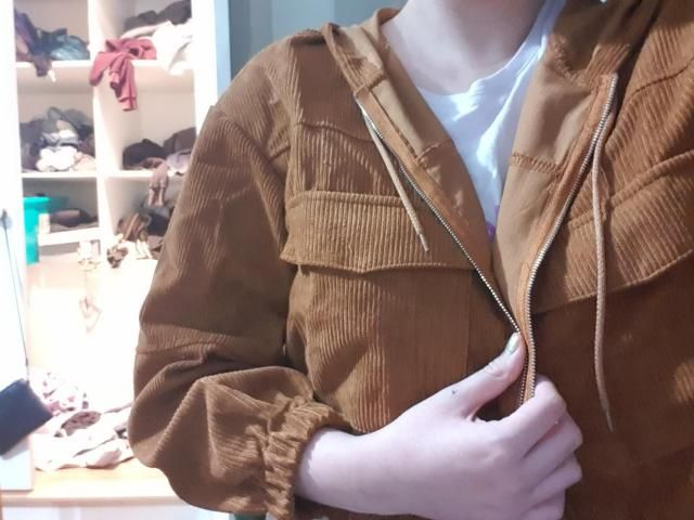 light and comfortable. I love the cord  look and a nice brown colour Definitely recommend