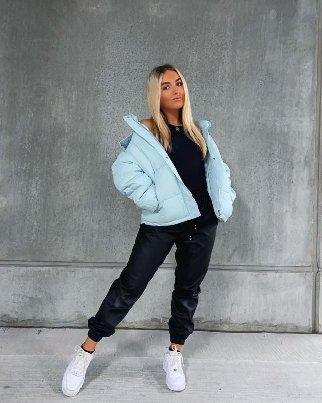 Puffer jackets are the last trending for winter! and you can get this blue jacket here in ZAFUL!♥