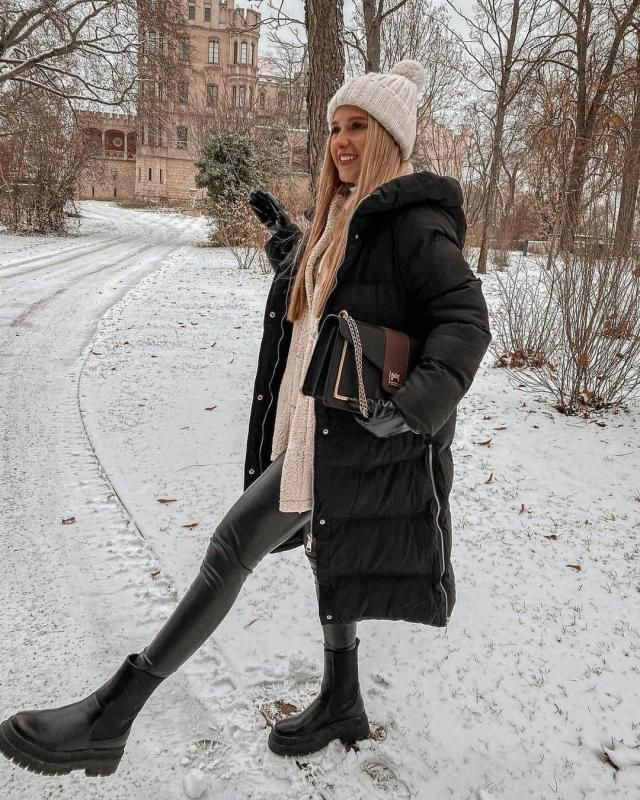 Long Hooded Zippered Pockets Quilted Coat
