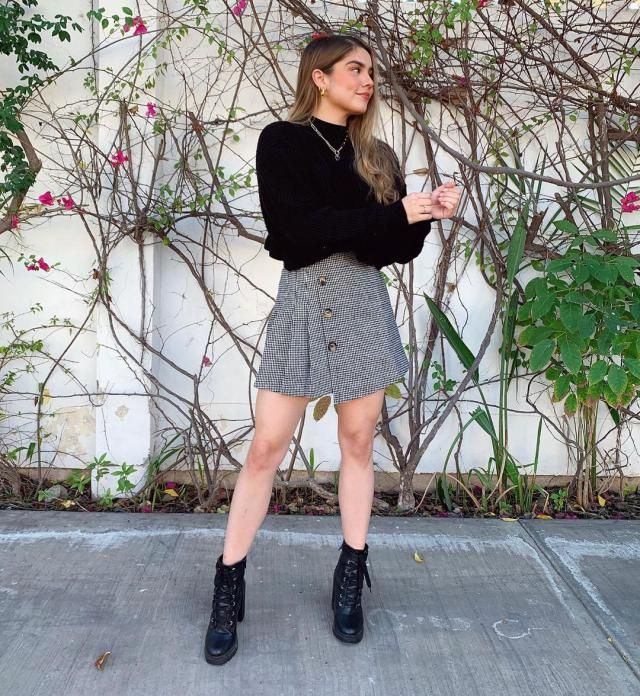 This is a cute skirt and a pretty black sweater that you can get here ZAFUL for those not too cold days!