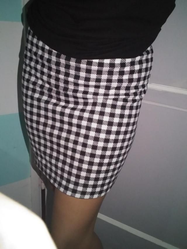 the shirt is too small i dont feel comfortable but the skirt OMG AMAZINGGGG! I FEEL SO GOOD IN IT AND IM NOT A DRESSY …