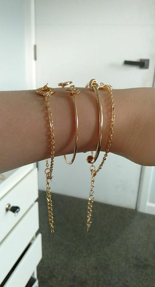 Very cute  Looks exaclty like the pictures only issue i had was i have small wrist so the chain ones were big and had …