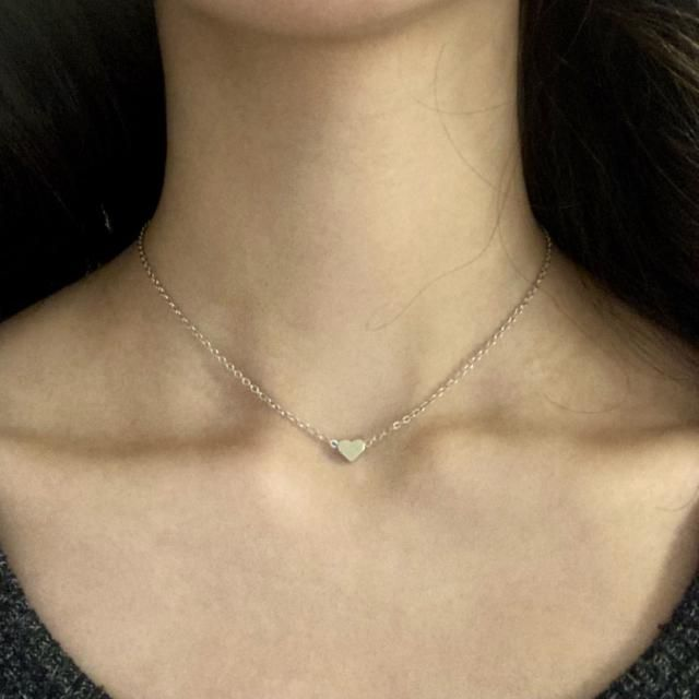 Super cute and dainty necklace. It is much longer than in the first photo, but all I had to do was move the jump rings…