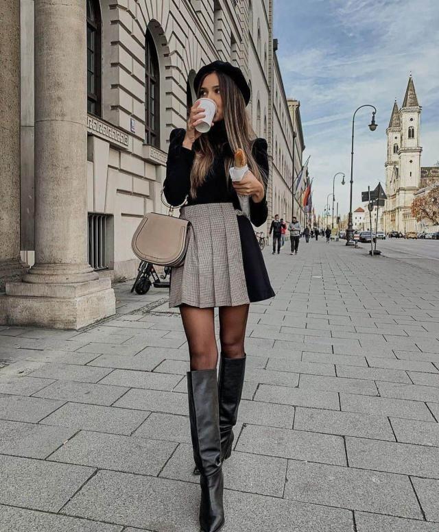 ZAFUL Plaid Pleated Preppy Mini Skirt