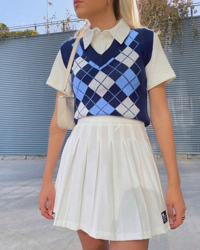 Get this cute Argyle V Neck Ribbed Trim Sweater Vest - Deep Blue here in zaful!♥