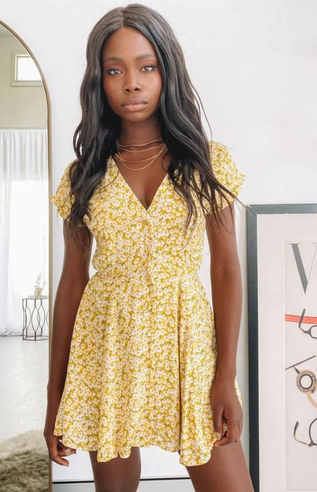 ZAFUL Ditsy Floral Surplice Mini Belted Dress