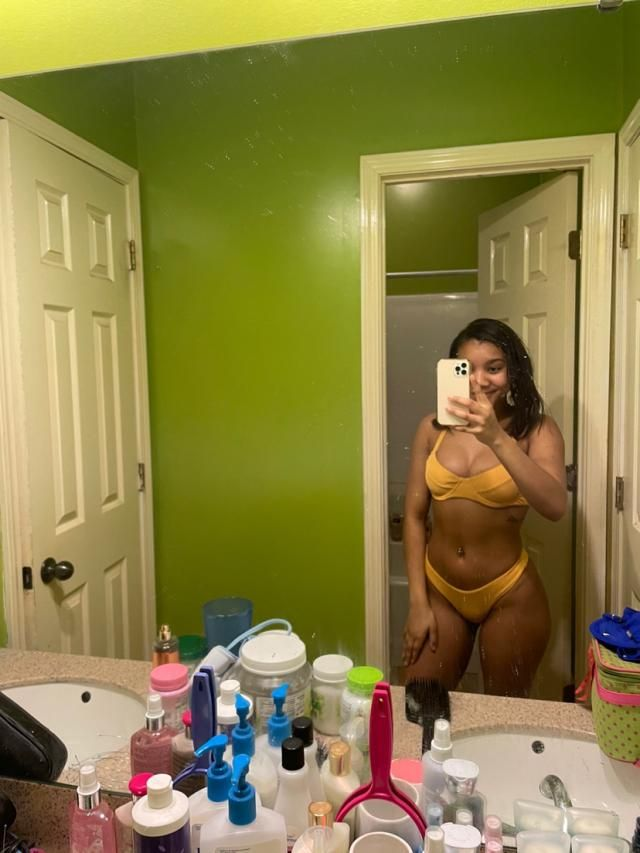 This is by far my favorite swimsuit!! It fits perfect.I also am obsessed with the color.I definitely recommend this bi…