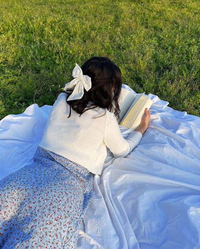 DRESS SEASON!!! get this cute ZAFUL Floral Tie Strap Apron Mini Sundress - Blueberry Blue!♥