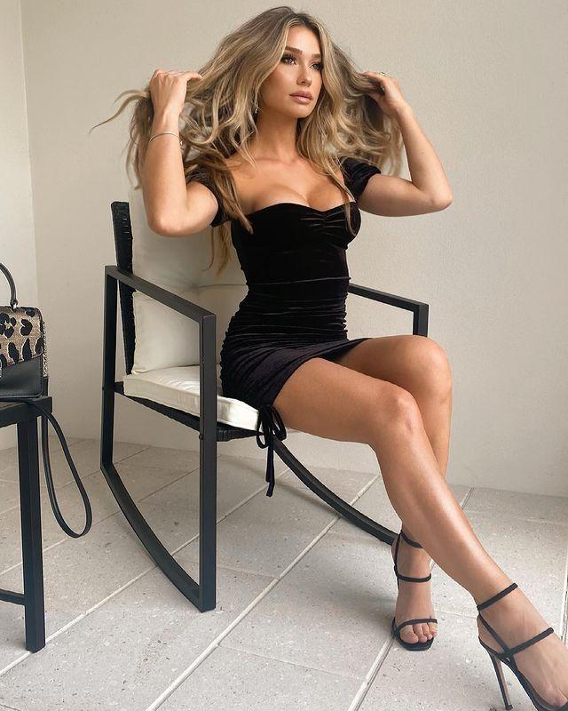 On dress season I love dresses like this Off Shoulder Velvet Ruched Bodycon Tie Dress!!♥♥