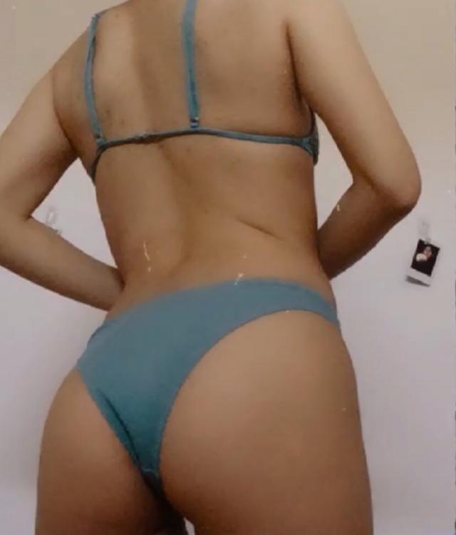 Super sexy, form fitting bikini. Loved it!