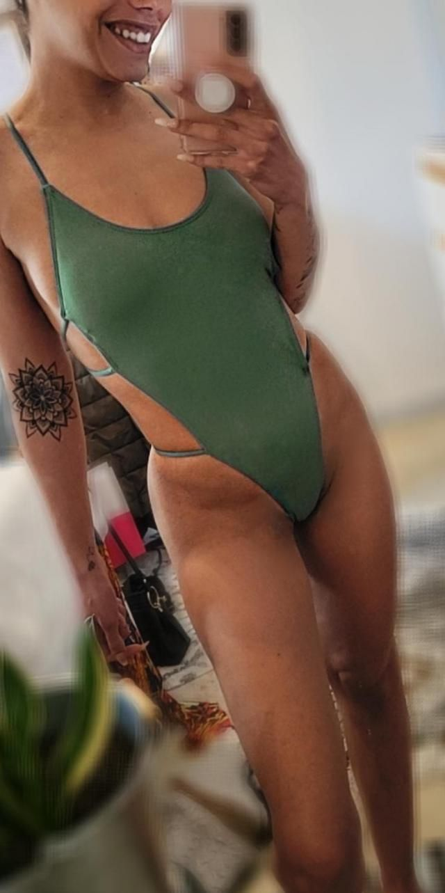 This one piece is literally SOOOO FLATERING & high thigh which is a 10/10. I followed the models measurements …