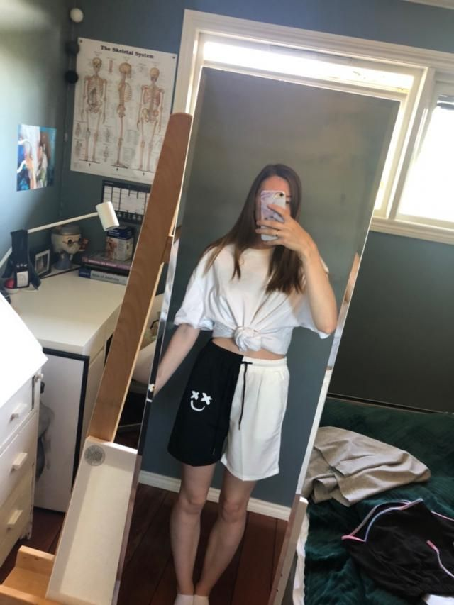 I wished for a comfortable oversized shorts and I believe I got it😍 Definitely recommend, I am very happy with it!