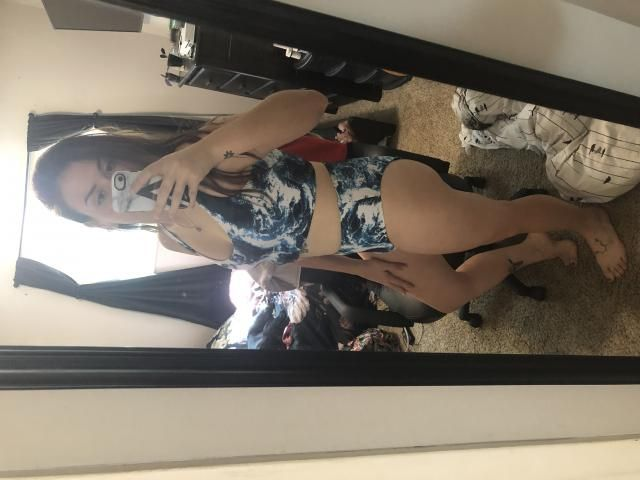 """I'm 5'7"""" and around 155lb, wear a 36B and normally an 8ish in pants. I got a medium. The top was tight fitting but a g…"""