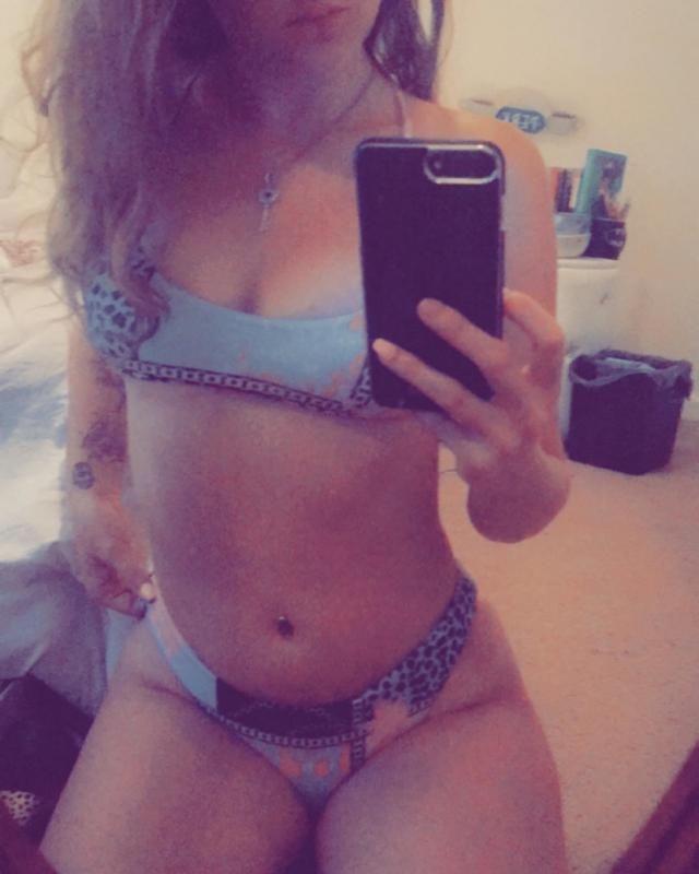 Fits well , True to size , Super cute Definitely recommend Unique design Love this bikini! Love wearing it