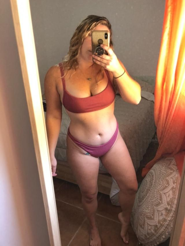5 stars because the quality is great but it just doesn't fit me that well. I like the way the top fits but the bottoms…