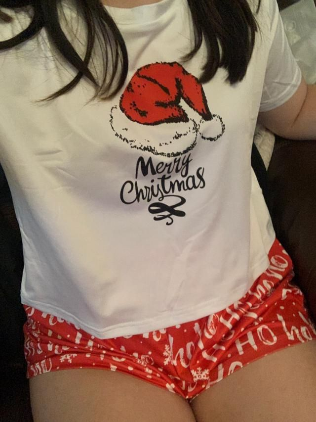 love it. it's gonna be so cute to wear on Christmas. it's cute and the top is nice material- it's almost like a workou…