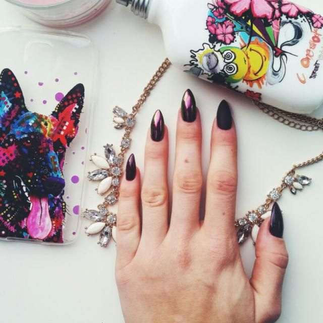 Love my nails! Plum colour is autumn must-have!