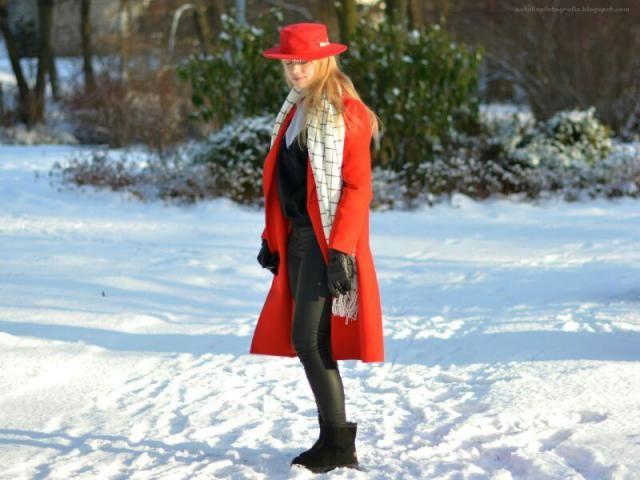 Perfect Winter outfit zaful sweatshirt and choker