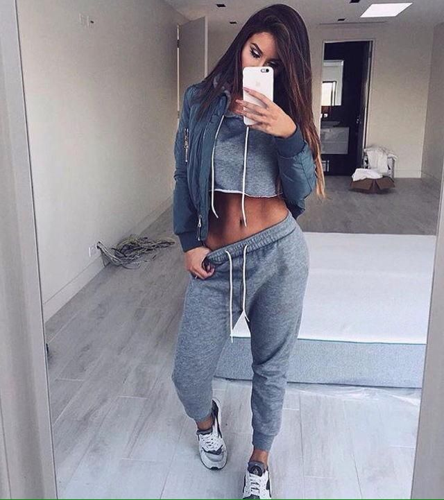 i love selfie because it can capture my emotion and also my outfit, the outfit im wearing here is so comfortable for g…