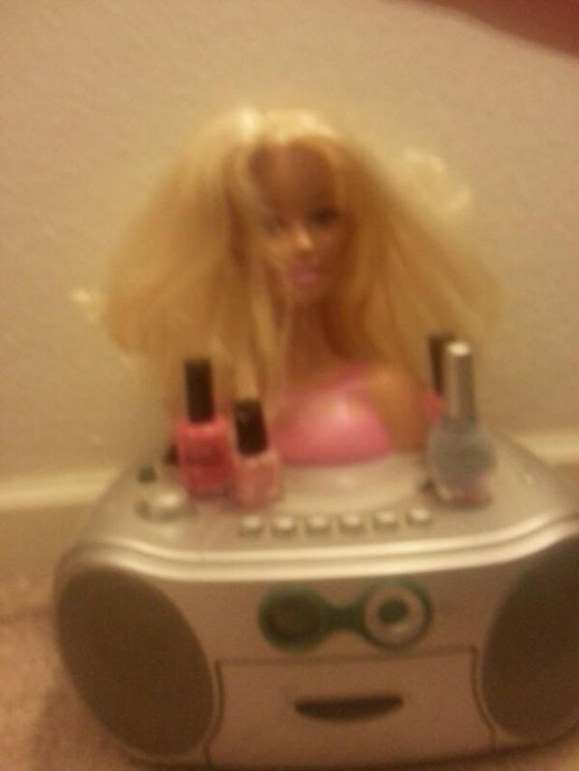 don&;t be Barbie be yourself