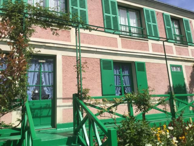 I could work with this aesthetic any day.   Claude Monet's home. Giverny, France