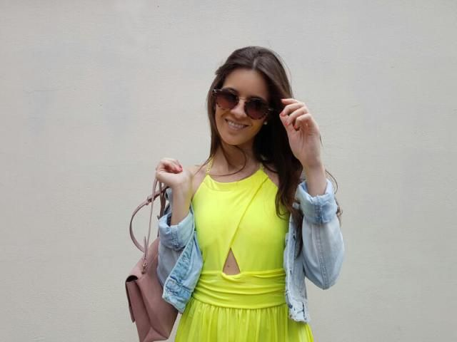 Amazing yellow dress for summer days