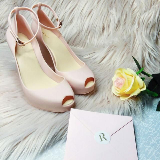 Love this shoes! What do you think?        l
