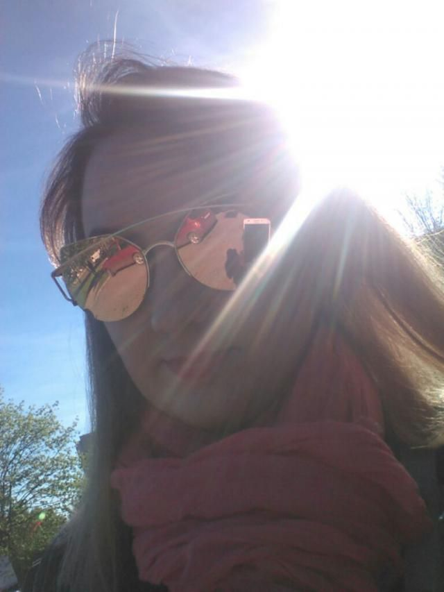 sunny day and my favourite sunglasses!