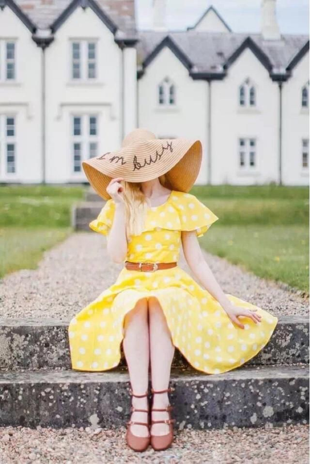 Cute Yellow Dress, Retro and Girly.  It's really perfect for holiday.