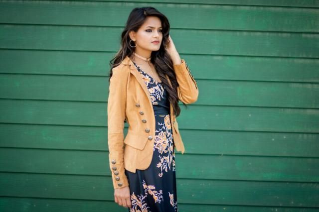 this jacket is my fav ... love the washed jacket and the zaful is my fav after shopping this.. comment here if you als…