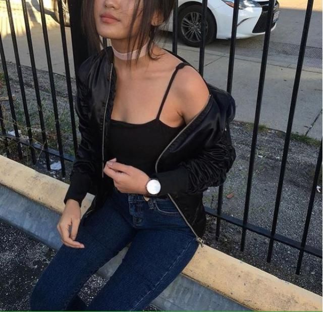Black top is classy and chic, especially when you have a tan...