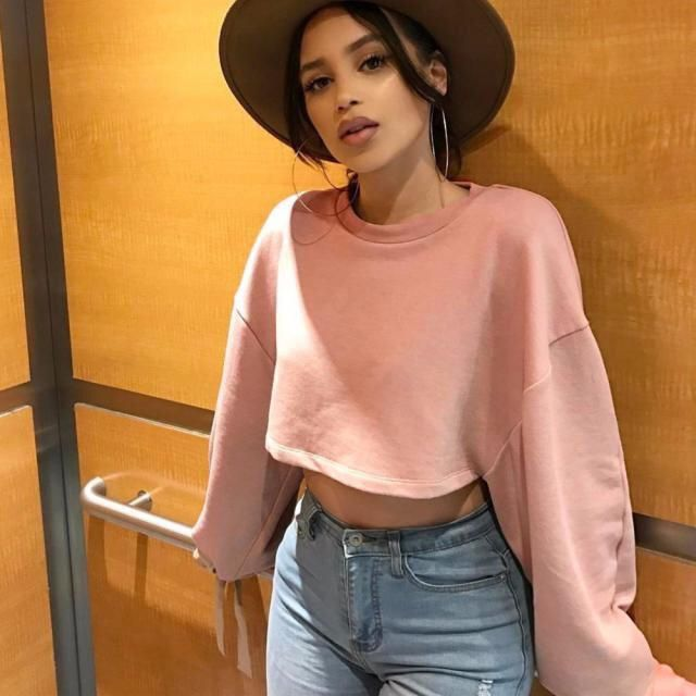 This pink sweater it's so cute and beautiful, you can use it everyday and look amazing! And This nude pink is one of m…