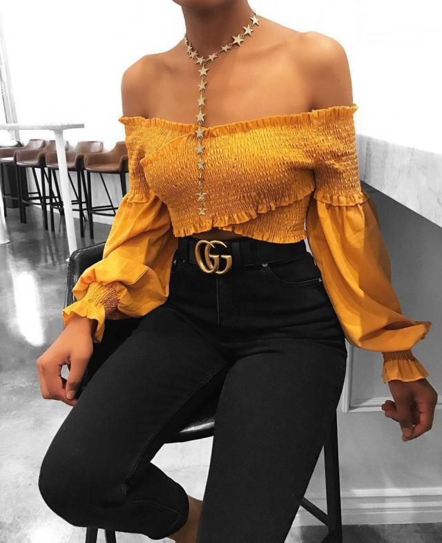 OH MY GOD! This off shoulder top is in other level! This top is in my urgent wishlist!!! Do you like it? Because I lov…