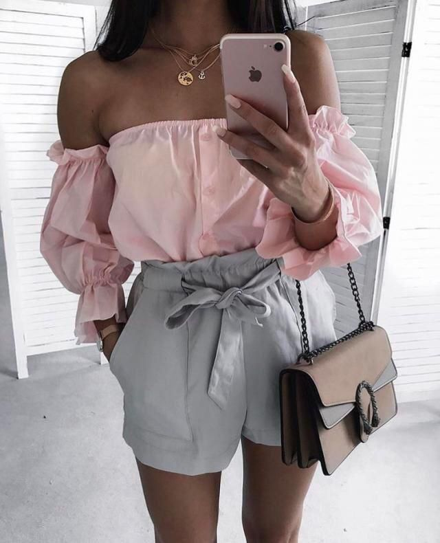 This beautiful shorts makes you look very elegant even if you are not trying to look elegant!!! Perfect for any occasi…