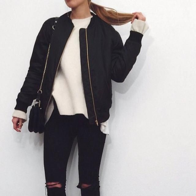 OMG! This bomber jacket it's very perfect for school!! Do you like it?❤️ I love it!!