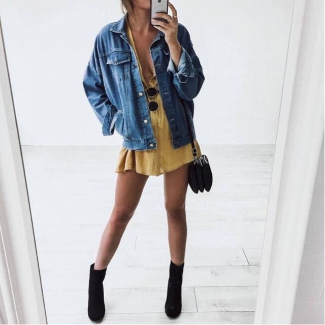 Denim jacket are the perfect way to better an outfit! ❤️