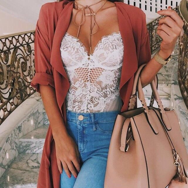 This lace bodysuit it's SO PERFECT!!! Omg looks very sexy!❤️❤️