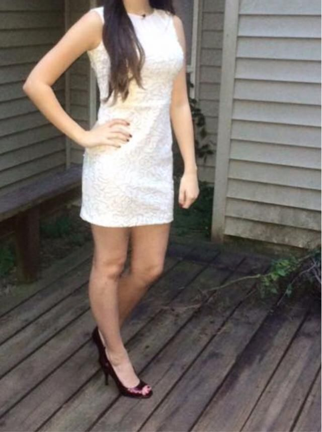White sparkles dress. Worn once. Fitted. No rips. Willing to drop price just make an offer. Thanks!