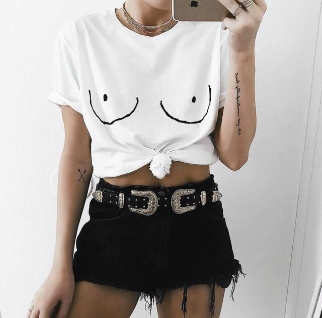 Do you like this outfit? You can get it here in Zaful!you can also combine the items with others items!!❤️