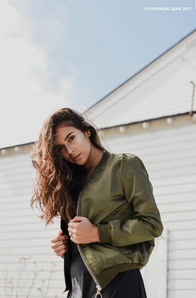 Jacket green, style quartel