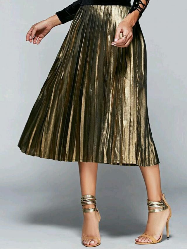 This skirt is one of the ideas for holiday dresses. Midi or short is your choice.