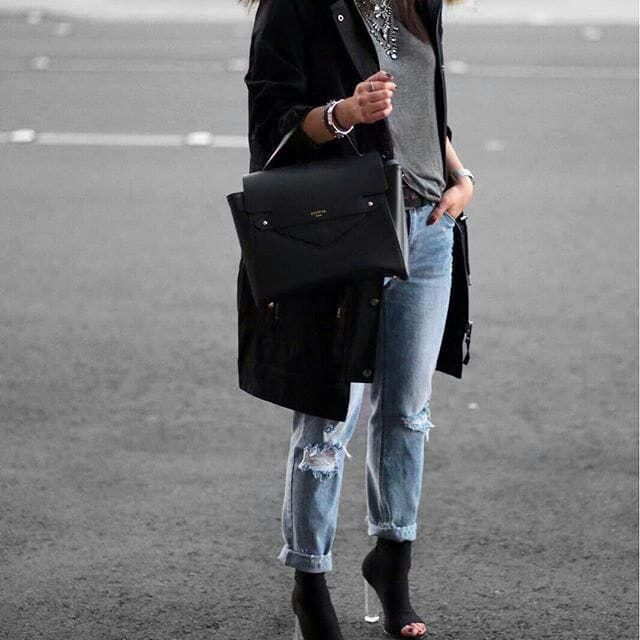 Casual style is my favorite. Love this.